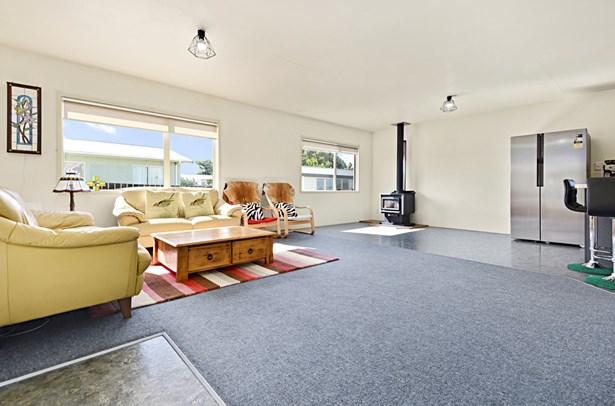 57a Templeton Place, Clendon Park, Auckland - NZL (photo 3)