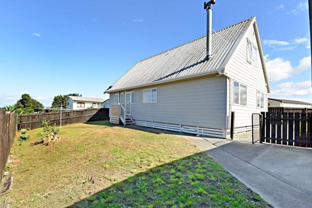 57a Templeton Place, Clendon Park, Auckland - NZL (photo 5)