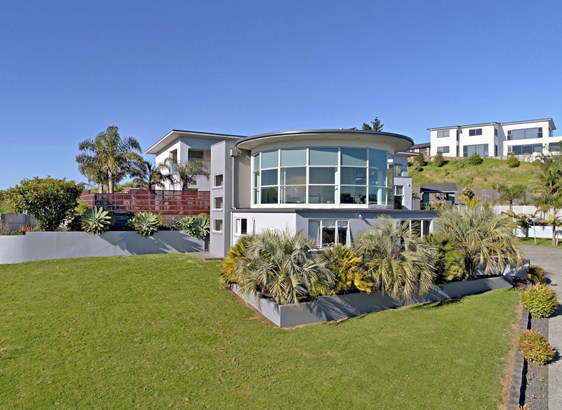 776 Redoubt Road, Flat Bush, Auckland - NZL (photo 3)