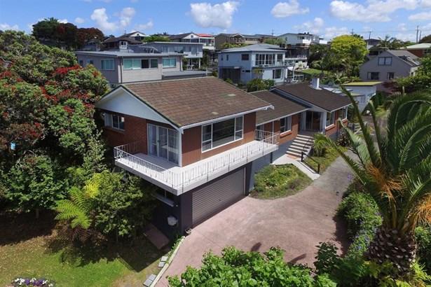 1/36 Masterton Road, Rothesay Bay, Auckland - NZL (photo 3)
