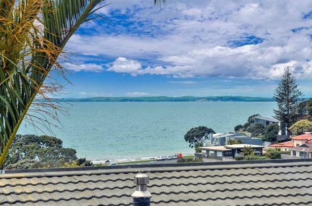1/36 Masterton Road, Rothesay Bay, Auckland - NZL (photo 4)