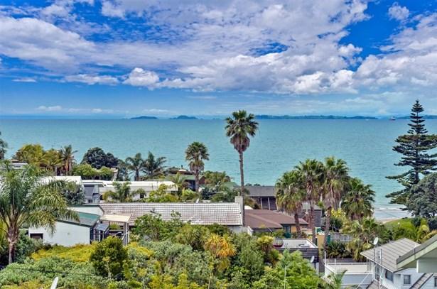 1/36 Masterton Road, Rothesay Bay, Auckland - NZL (photo 5)