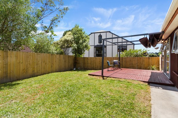 55a Granville Drive, Royal Heights, Auckland - NZL (photo 4)