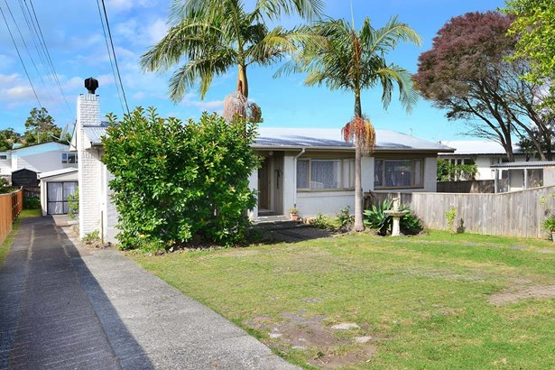 22 Red Beach Road, Red Beach, Auckland - NZL (photo 4)