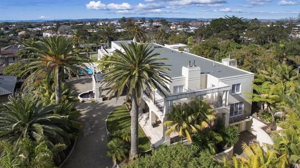 Auckland - NZL (photo 4)