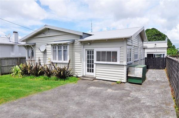 21 Grotto Street, Onehunga, Auckland - NZL (photo 3)