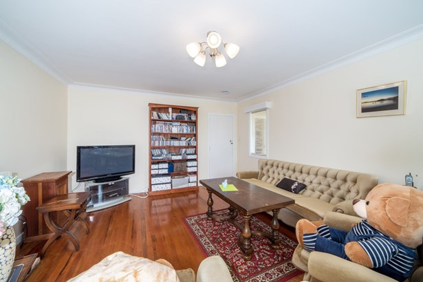 1/49 College Road, Northcote, Auckland - NZL (photo 5)