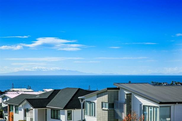9 Tuangi Street, Long Bay, Auckland - NZL (photo 1)