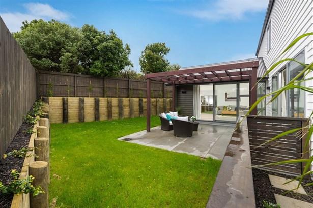 48b Castledine Crescent, Glen Innes, Auckland - NZL (photo 3)