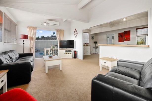 20 Clovelly Road, Bucklands Beach, Auckland - NZL (photo 2)