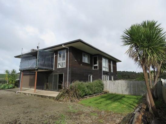 301 Big Bay Road, Big Bay, Auckland - NZL (photo 2)