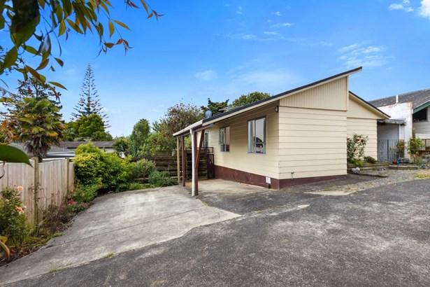 2/20 Hellyers Street, Birkdale, Auckland - NZL (photo 2)