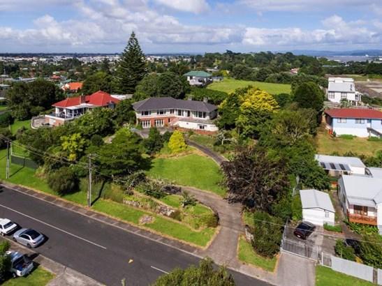 64-66 Hillside Road, Mt Wellington, Auckland - NZL (photo 5)