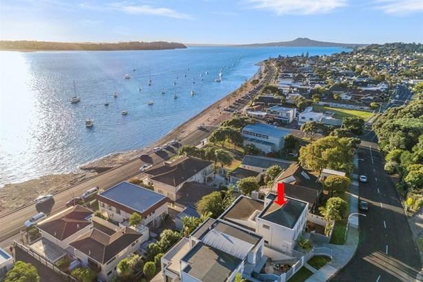 5 Bucklands Beach Road, Bucklands Beach, Auckland - NZL (photo 2)