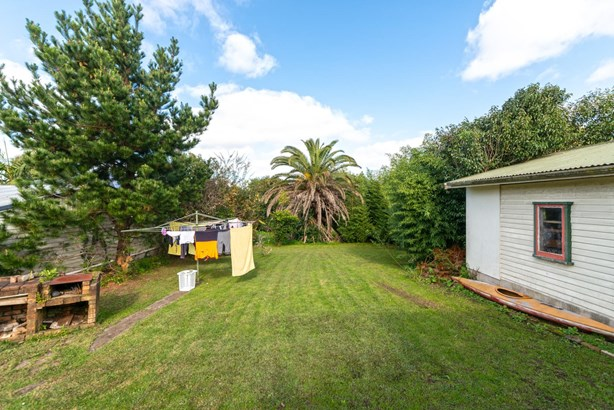 296 Great North Road, Henderson, Auckland - NZL (photo 5)