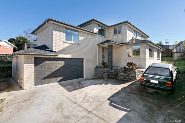 135a Tiroroa Avenue, Te Atatu South, Auckland - NZL (photo 1)