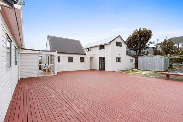 25 Bremner Avenue, Mt Roskill, Auckland - NZL (photo 2)