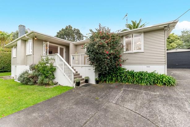 12 Tirimoana Road, Te Atatu South, Auckland - NZL (photo 1)