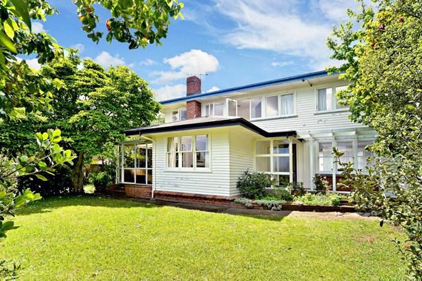 2 Puriri Street, Helensville, Auckland - NZL (photo 1)