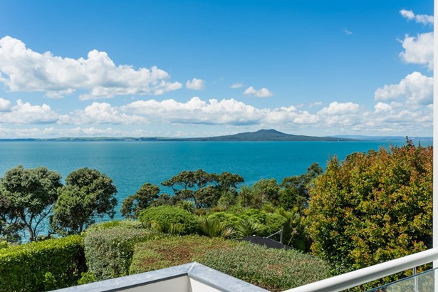 35 View Road, Campbells Bay, Auckland - NZL (photo 2)