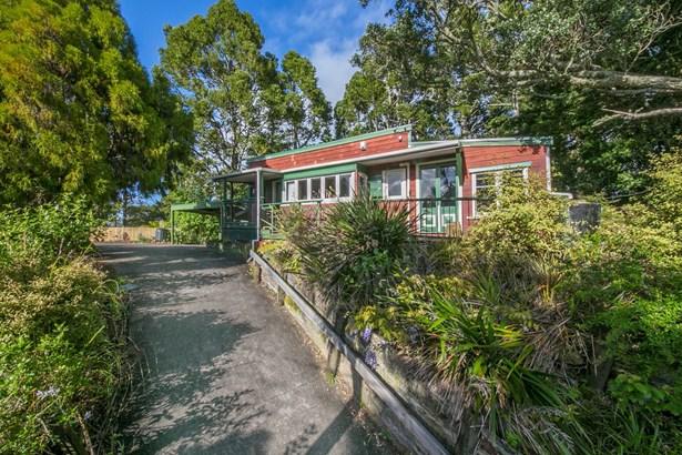 37 Kauri Point Road, Laingholm, Auckland - NZL (photo 1)