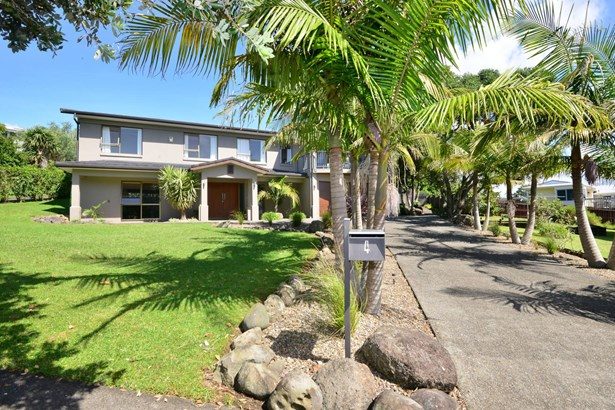 4 Higham Ferrers Place, Red Beach, Auckland - NZL (photo 2)