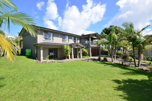 4 Higham Ferrers Place, Red Beach, Auckland - NZL (photo 4)
