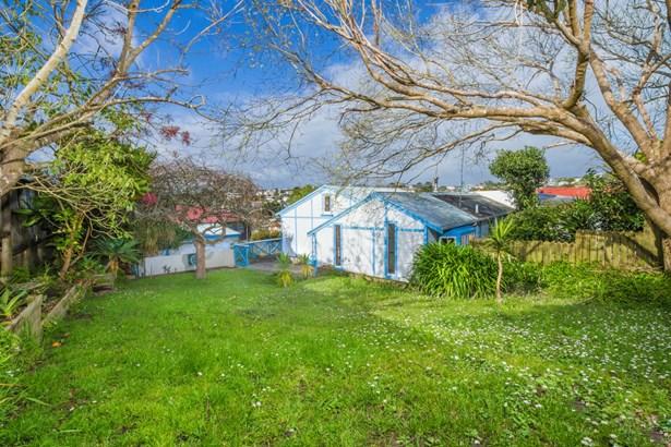 523b Beach Road, Murrays Bay, Auckland - NZL (photo 1)