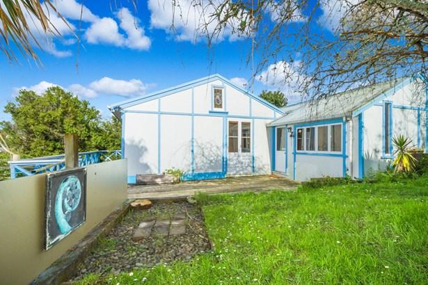 523b Beach Road, Murrays Bay, Auckland - NZL (photo 3)