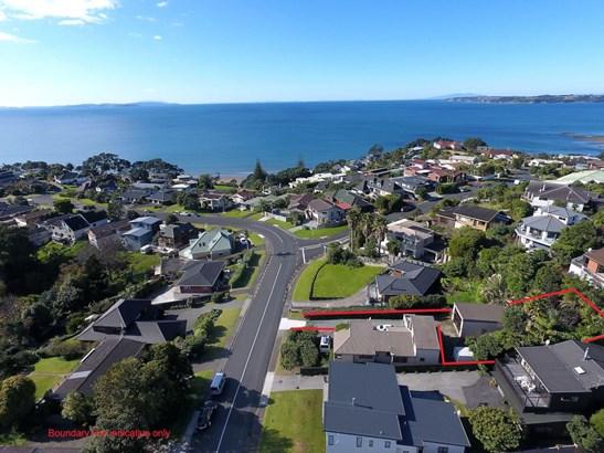2/68 Marellen Drive, Red Beach, Auckland - NZL (photo 1)
