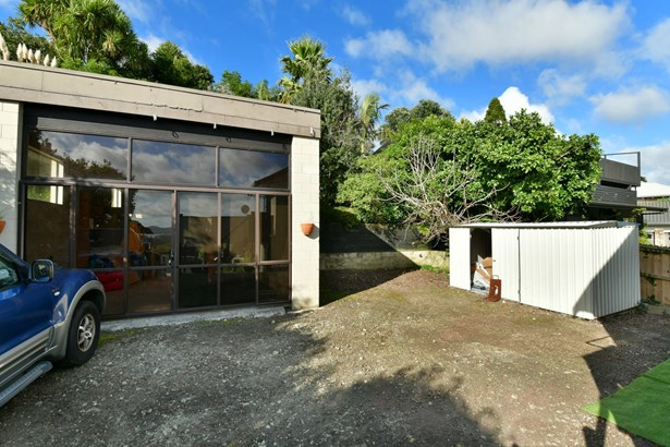 2/68 Marellen Drive, Red Beach, Auckland - NZL (photo 4)