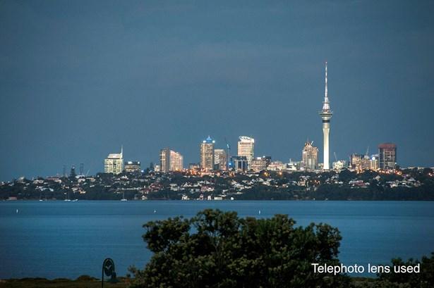 40 Danica Esplanade, Te Atatu Peninsula, Auckland - NZL (photo 4)
