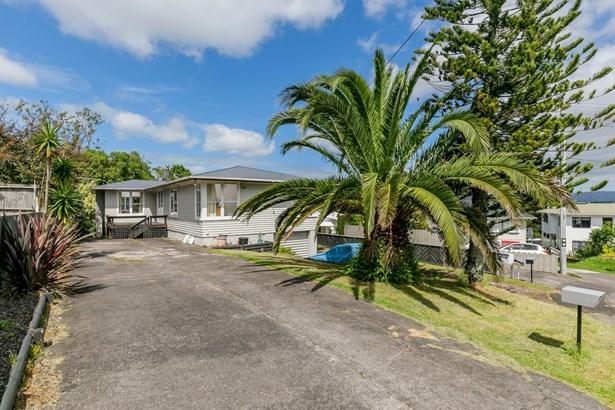 2 Acton Place, Avondale, Auckland - NZL (photo 4)