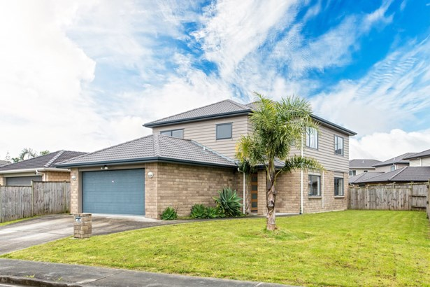 10 Riverglade Parkway, Te Atatu South, Auckland - NZL (photo 1)