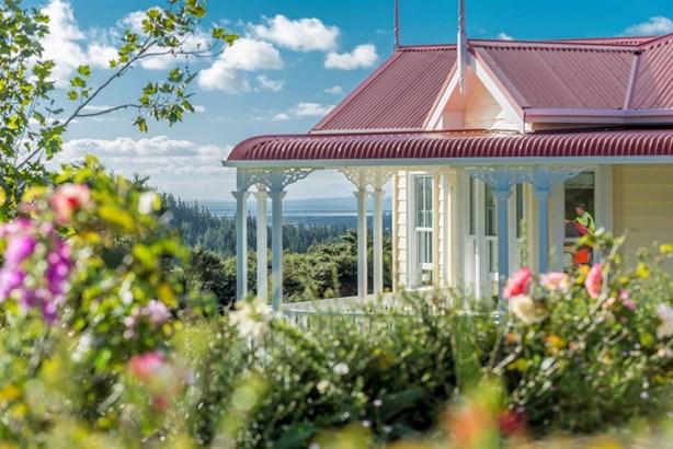 319e Wishart Road, Helensville, Auckland - NZL (photo 1)