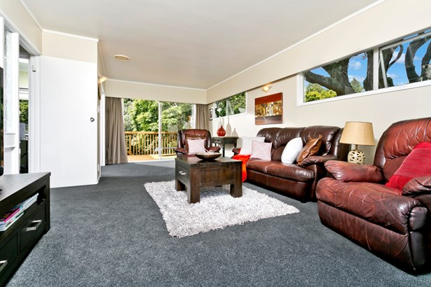 17 Northwick Place, Hillcrest, Auckland - NZL (photo 4)