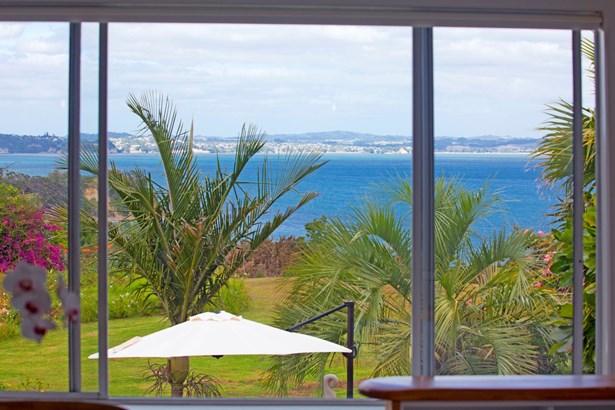 6 Siesta Terrace, Army Bay, Auckland - NZL (photo 3)