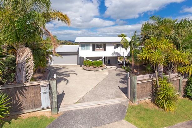 6 Siesta Terrace, Army Bay, Auckland - NZL (photo 4)