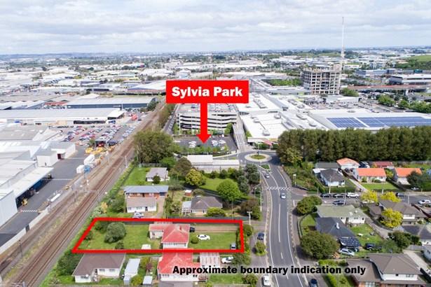 51 Lynton Road, Mt Wellington, Auckland - NZL (photo 1)