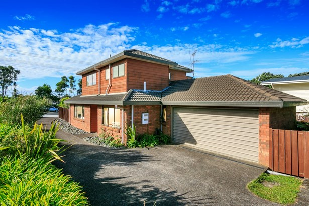 66a Raleigh Road, Northcote, Auckland - NZL (photo 3)