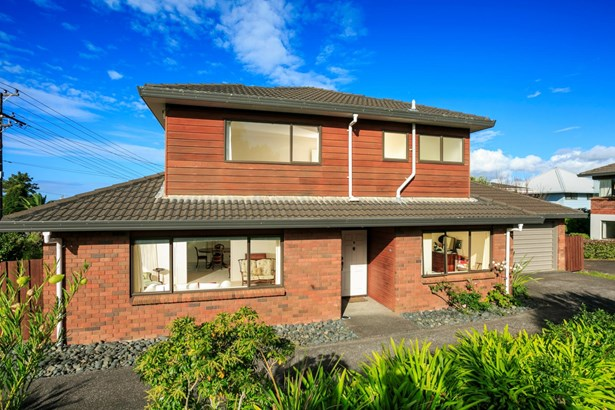 66a Raleigh Road, Northcote, Auckland - NZL (photo 4)