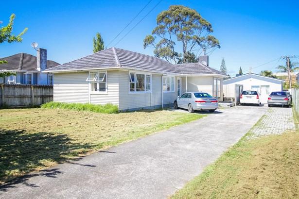 11 Ingleby Place, Kelston, Auckland - NZL (photo 1)
