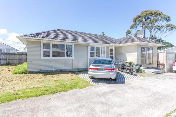 11 Ingleby Place, Kelston, Auckland - NZL (photo 2)