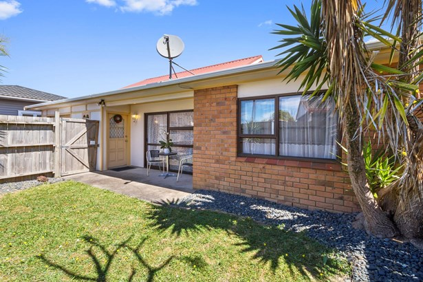 2/1605 Great North Road, Waterview, Auckland - NZL (photo 2)