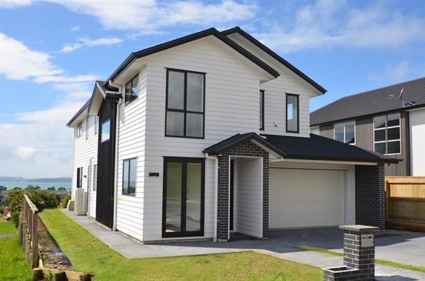 10 Thistle Close, Beachlands, Auckland - NZL (photo 2)