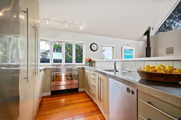 2/68 Norwood Road, Bayswater, Auckland - NZL (photo 5)
