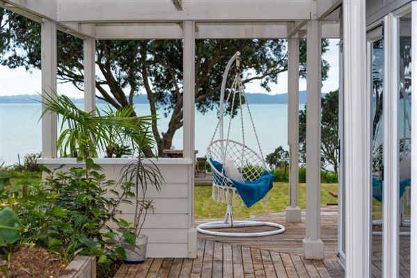 9 Pohutukawa Road, Beachlands, Auckland - NZL (photo 3)