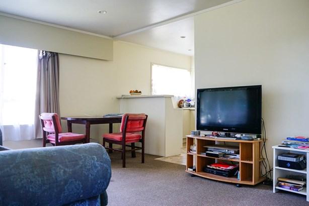 1/30 Kathleen Street, Totara Vale, Auckland - NZL (photo 4)