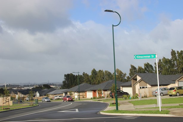 18 Kilmacrennan Drive, Opaheke, Auckland - NZL (photo 2)