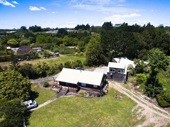 10 Hailes Road, Whenuapai, Auckland - NZL (photo 3)